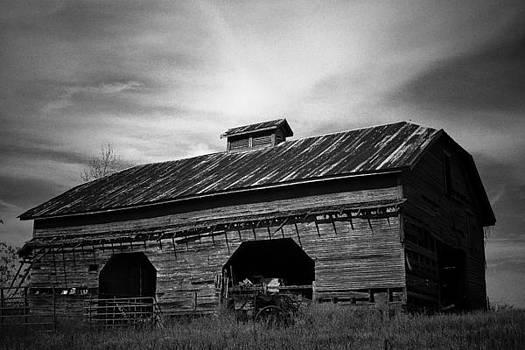 Barn by Bryan Davis