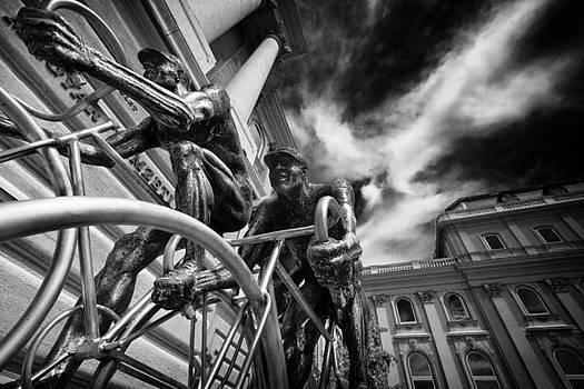 BudaPest by Franco Farina