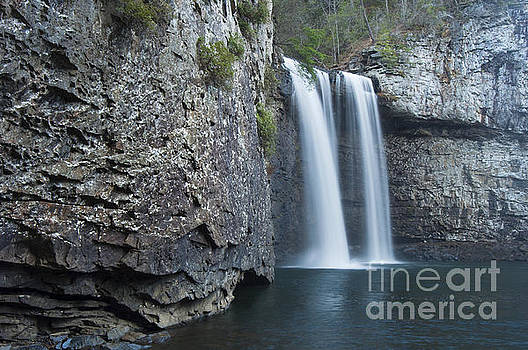 Cane Creek Falls  by Ricky Smith