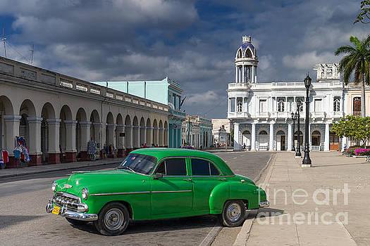Cuba Green  by Juergen Klust