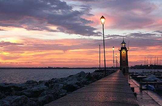 Desenzano del Garda Lighthouse by Kiril Stanchev