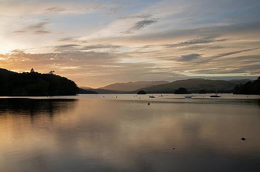 Dusk on Lake Windermere by Pete Hemington