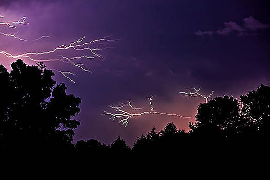 Evening Storm by Gene Linzy