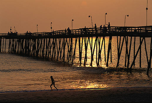 Fishing Pier At Rodanthe, North by Steve Winter