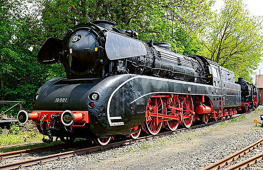 German class 10 Steam Locomotive by David Davies