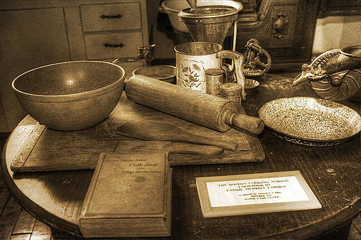 Grandma's Kitchen Table by David Simons