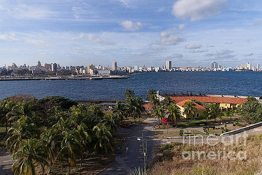Havanna Skyline by Juergen Klust