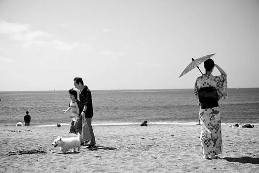 Japanese Woman by the Sea by Jaakko Saari