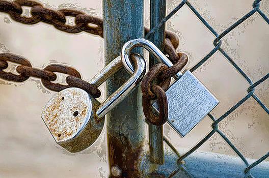 Lockup by Anthony Vlach