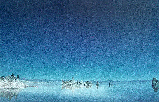 Mono Lake by Ari Jacobs