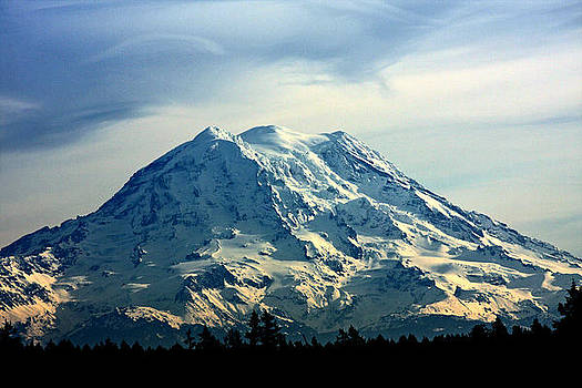 Mount Rainier by Steve Raley