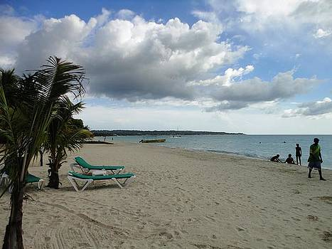 Negril View by Pinksque Green