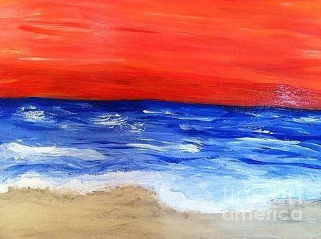 Ocean Waves by Lisa Martin