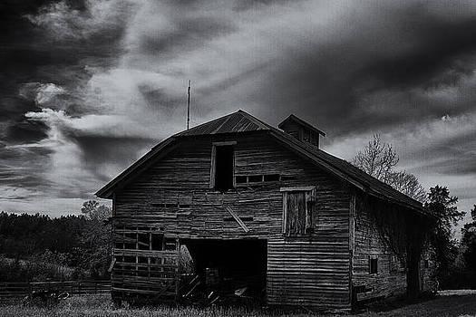 Old Barn by Bryan Davis