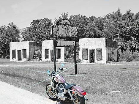 Old Motor Court by Trevor Hilton