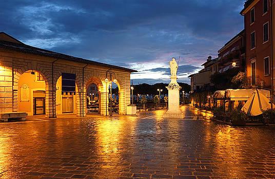 Piazza Malvezzi in Desenzano del Garda by Kiril Stanchev