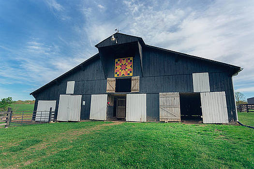 Quilted Barn by Amber Flowers
