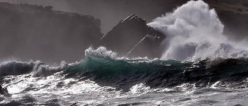 Raw Atlantic Power by Florian Walsh