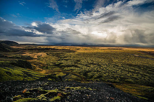 Raw Icelandic Nature by Petur Mar Gunnarsson