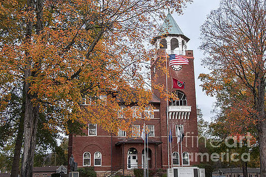 Rhea County Courthouse by Ricky Smith