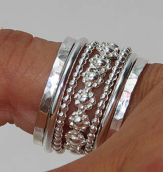 Set of Stacking Rings Sterling Silver Bold Band of Daisy Flowers Between Dotted and Hammered Bands by Nadina Giurgiu