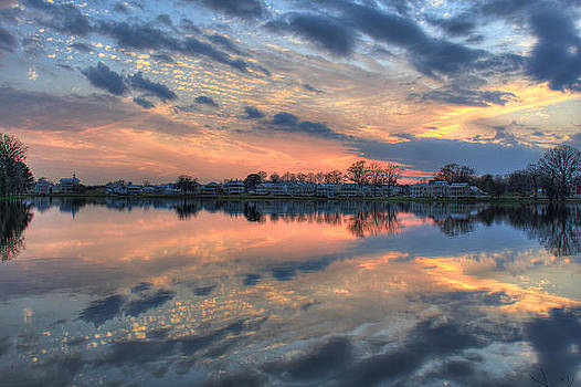 Showcase Sunset by Leslie Kirk