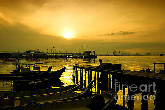 Sunrise at Chew Jetty by Yew Kwang