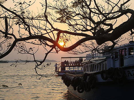 Sunset by Nital Dabhade