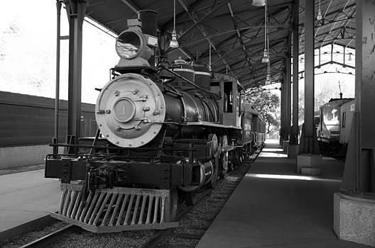 Train by Gandz Photography