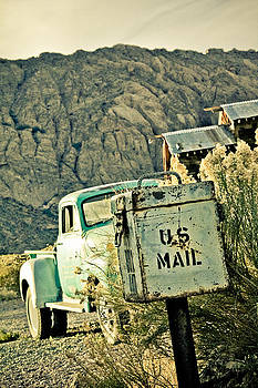Us Mail by Merrick Imagery