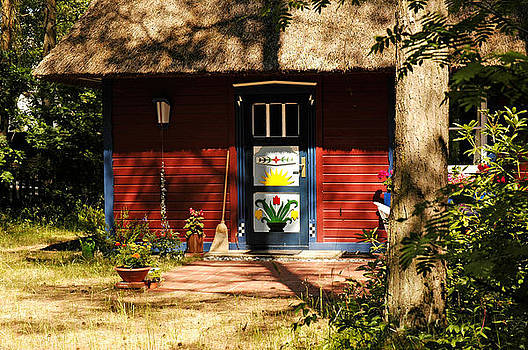 Vacation cottage Prerow Germany. by David Davies