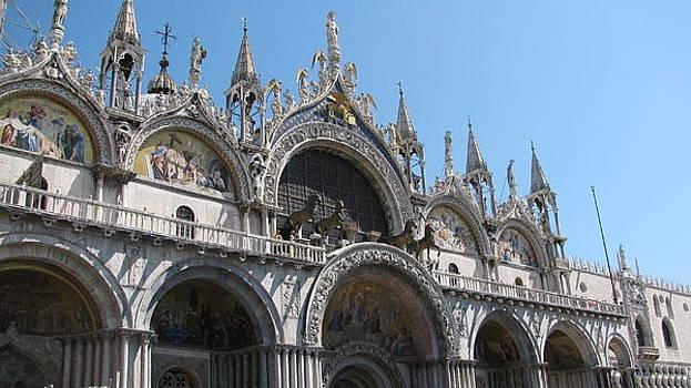 Venice  by Suzy  Godefroy