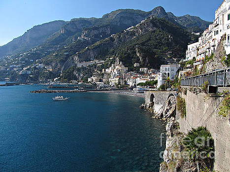 View of Amalfi coast by Kiril Stanchev
