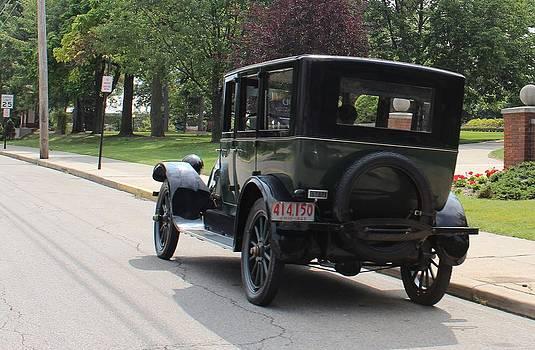 1923 by R A W M