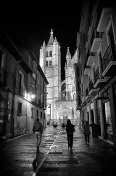 Leon Cathedral at Night by Tom Bell
