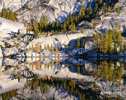 Leprechauen Lake Reflection by Tracy Knauer