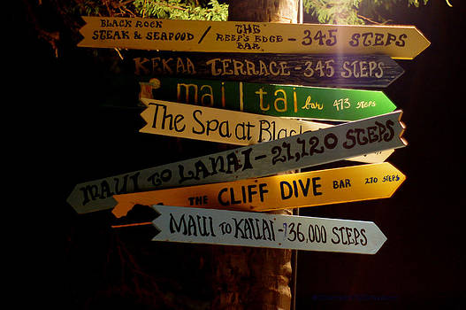 Maui step sign by DerekTXFactor Creative