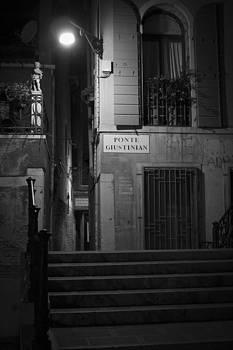 Ponte Giustinian - Venice by Lisa Parrish