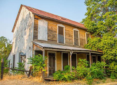 1800s Farm Home by Brian Williamson