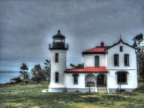 Admiralty Bay Lighthouse by    Michaelalonzo   Kominsky