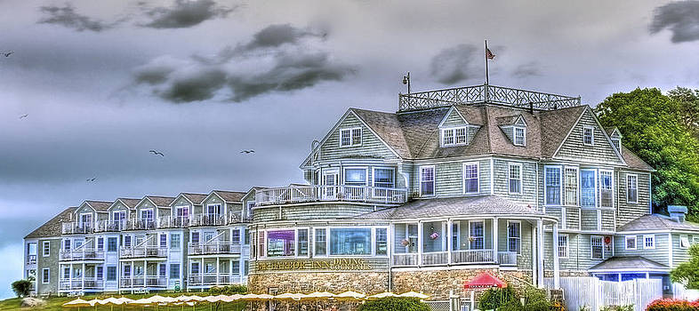 Bar Harbor Inn by Mike Berry