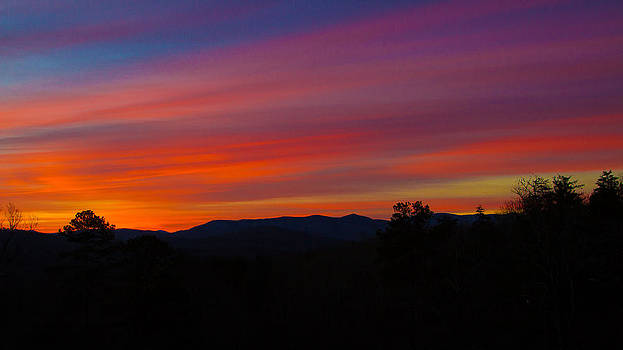 Blue Ridge Mountains by Robert L Jackson