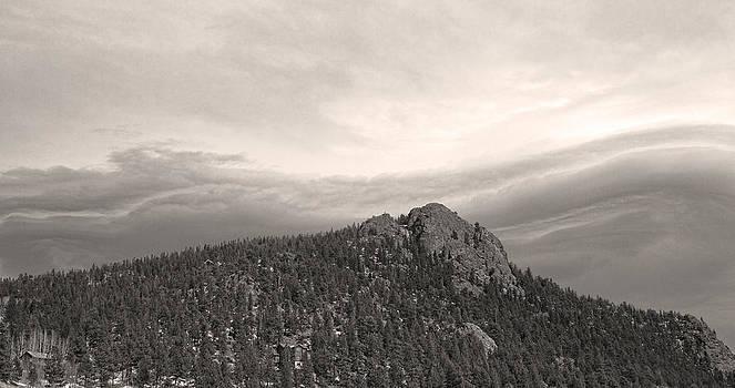 James BO  Insogna - Buffalo Rock Shelf Cloud Panorama
