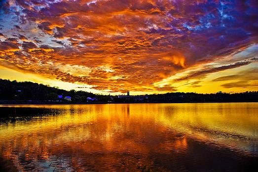 Ludmila Nayvelt - Burning sky
