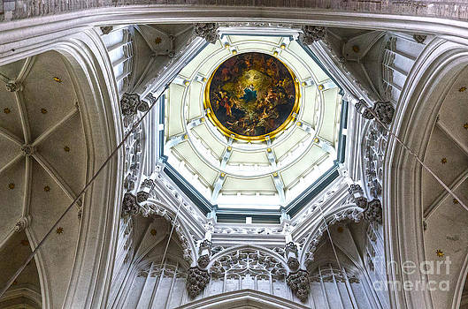 Pravine Chester - Cathedral Dome