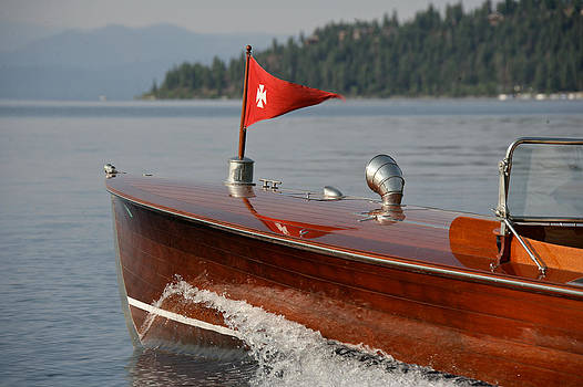 Steven Lapkin - Classic Wooden Runabout