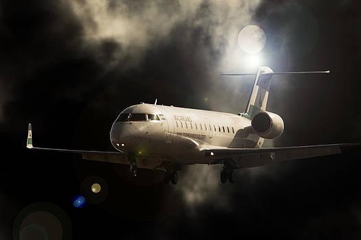 CRJ Landing by Paul Job