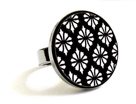 Flowers In Black And White Ring by Rony Bank