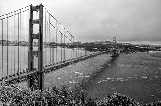 Golden Gate Bridge by Arnold Despi