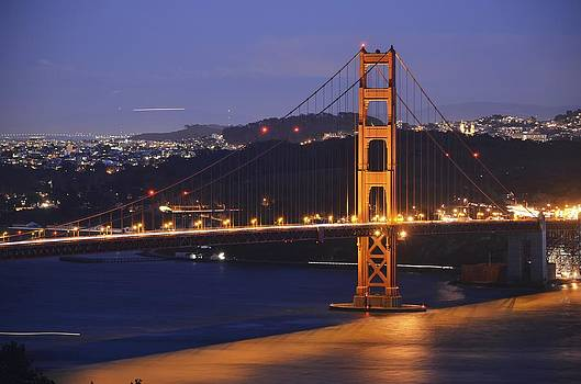Golden gate Bridge at night by Alex King